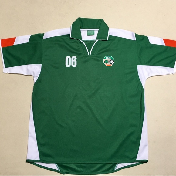 cb7862c7360 Ireland National Soccer Team - Retro Men s Jersey.  M 5a7f5c5500450f2d47676249